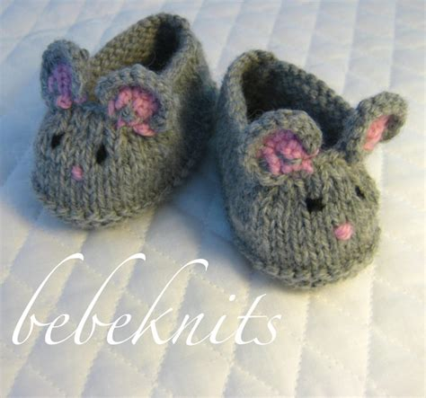 free knitting patterns baby socks two needles baby booties knitting pattern needles