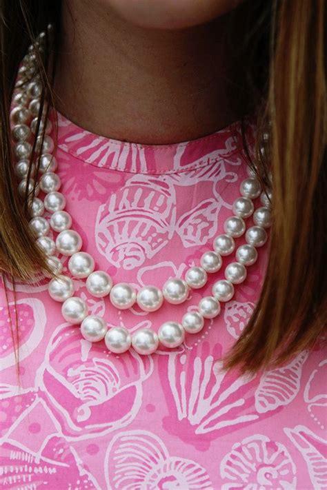 ummmm  classy girls wear pearls preppy girl