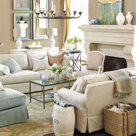 cream colored living rooms 25 best ideas about cream living rooms on pinterest