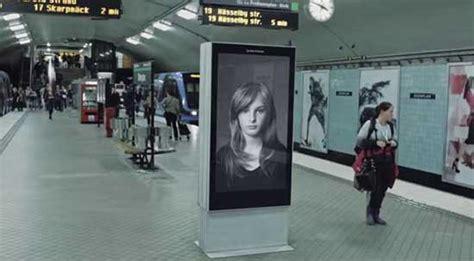membuat iklan yang unik apa yang membuat iklan ini berbeda mari cari tahu