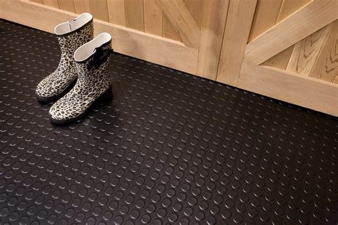 G Floor Coin Pattern 7.5' W x 17' L 75 Mil   Garage Floor