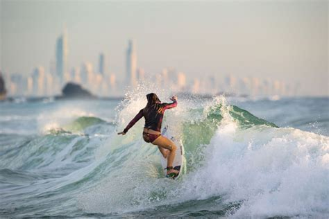 Surfing Gold Coast by The Complete Backpackers Guide To The Gold Coast