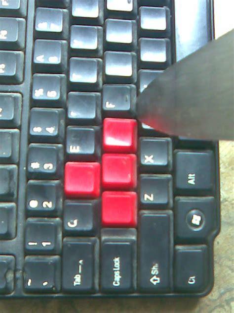 Gantungan Keyboard kalian bisa daur ulang keyboard komputer kalian jadi