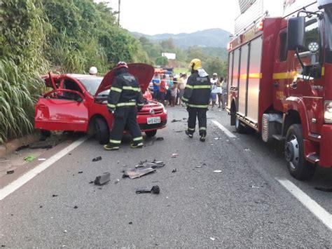 381 Cardi Striping Fj acidente entre ve 237 culos deixa um morto em sabar 225 na