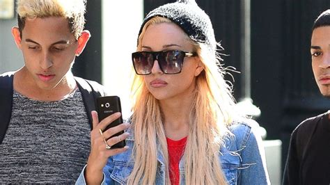 Old Ranch House by Amanda Bynes Psychiatric Hold Extended Two Weeks Abc News
