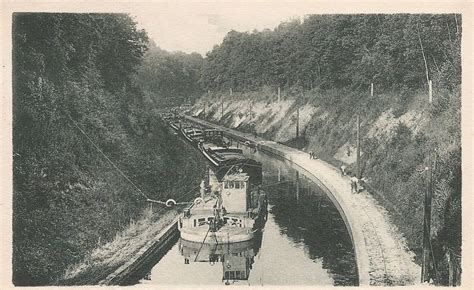 speed boat energy transformation trolley canal boats low tech magazine