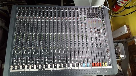 Mixer Spirit Live 4 Bekas soundcraft spirit live 4 2 stereo 18 channel mixing console reverb