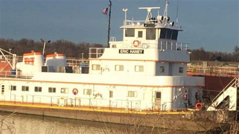 eric haney towboat towboat sinks on upper mississippi