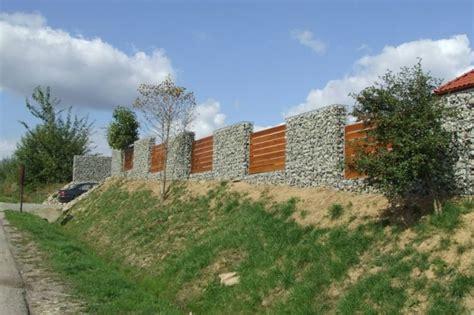 Holz Und Stein Haus Pläne by Gabionenzaun Einsatzm 246 Glichkeiten Im Modernen Garten