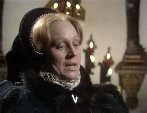 film queen mary tudor actress daphne slater as queen mary tudor bloody mary