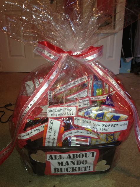 valentines day gift baskets him 24 lovely s day gifts for your boyfriend