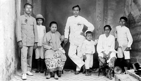film komedi jadul jaman dulu terlucu terbaik indonesia kenapa orang jaman dulu jadul quot saat difoto jarang