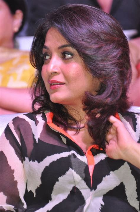 actress ramya krishnan facebook ramya krishnan photos ramya krishnan images pictures