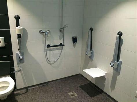 wc hygiene dusche hygiene center wc anlage inkl duschen und waschmaschinen