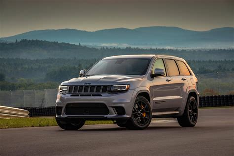 2019 jeep pictures 2019 jeep grand redesign release date