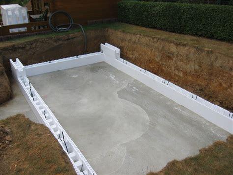 Pool Halb Eingelassen by Der Aufbau Pool Wellness City Gmbh