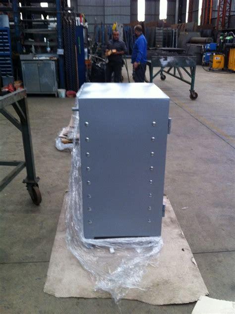 cassaforte per armadio progetto armadio cassaforte su misura idee mobili