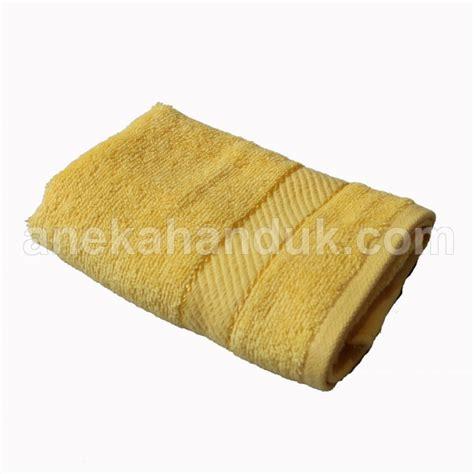 Handuk Chalmer 30 70 handuk bordir polos murah jual handuk polos kuning