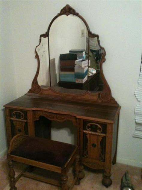 pics photos antique bedroom furniture set jpg antique white vanity bedroom vanities antique vanities