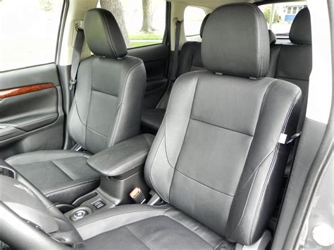 2015 mitsubishi outlander interior 2015 mitsubishi outlander interior review aaron on autos