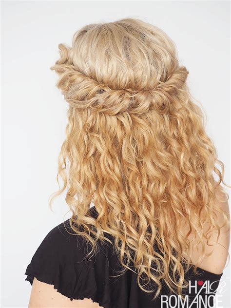 30 curly hairstyles in 30 days day 6 hair romance 30 curly hairstyles in 30 days day 17 hair romance