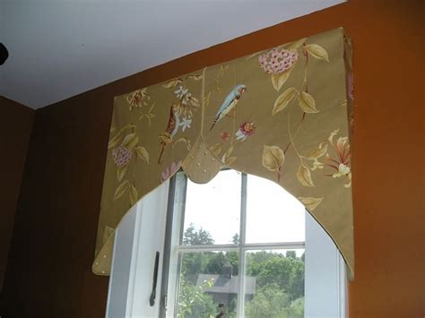 julie fergus asid nh interior designer custom valances pin by claudia postell on window treatment ideas pinterest