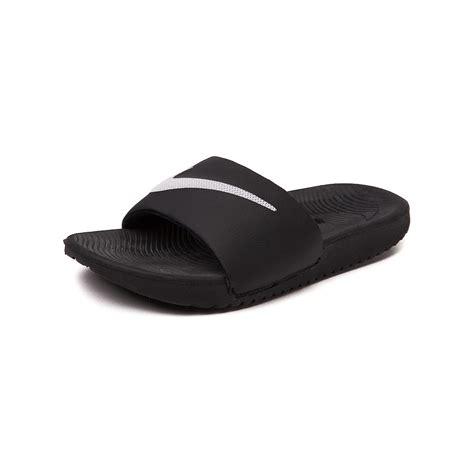 nike slide on sandals youthtween nike kawa slide sandal black 1387260