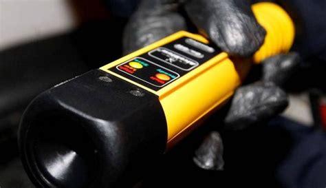 alcol test alticcio alla guida rifiuta di sottoporsi al test