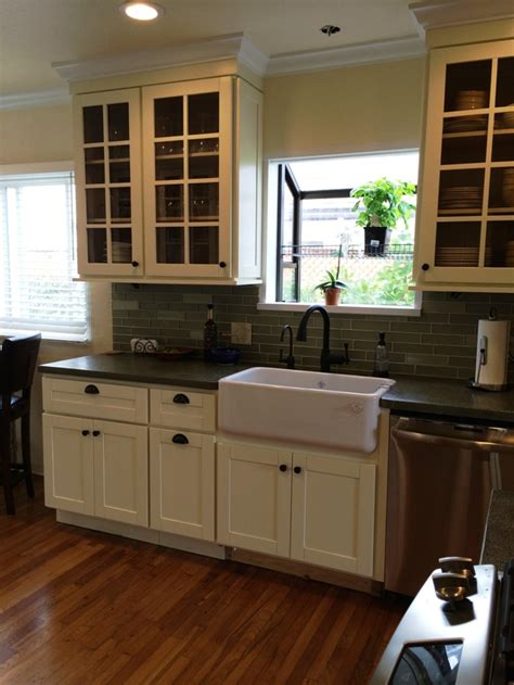 cream shaker kitchen cabinets cream colored beech shaker kitchen cabinets