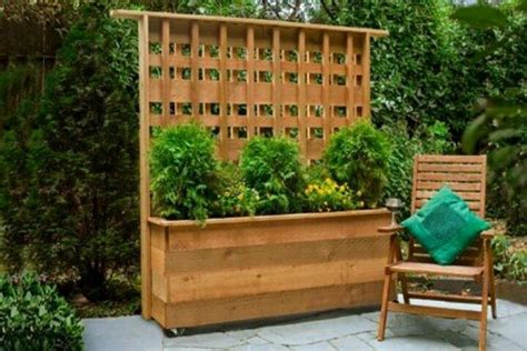 Roll Around Kitchen Island how to build a planter with privacy screen diy projects