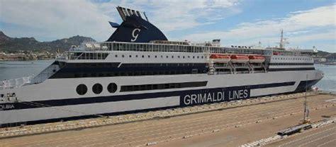 nave soggiorno sardegna sardegna offerte pacchetti hotel con nave gratis sardinias