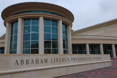 abraham lincoln at the museum abraham lincoln presidential library museum enjoy illinois