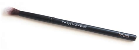 Rodial The Eye Smudge Brush thenotice rodial eye sculpt smokey eye pen glamolash