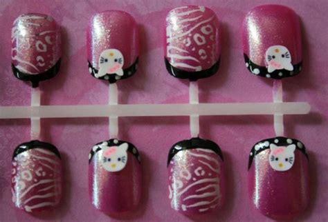 kitty nails  nail art   simply  adorable