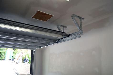 Garage Door Is Track by West Garage Door Details 171 Home Building In Vancouver