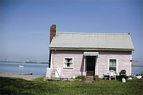 Peddocks Island Cottages by Treasured Island Boston