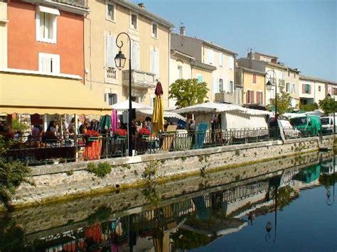 Ordinaire Piscine De Sorgues #7: Sunday-market-in-l-usle.jpg