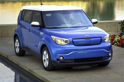 Kia Soul Ev News Kia Soul Ev Makes Waves At Chicago Auto Show Insider Car