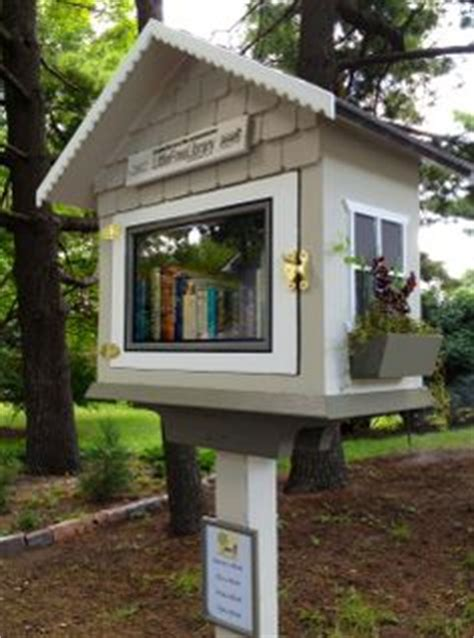 front yard library 1000 images about miniature libraries for my front yard