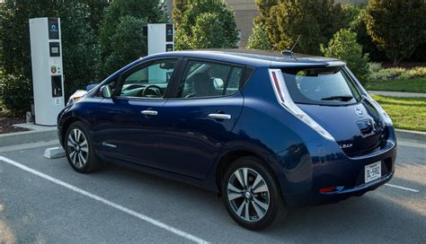 range of nissan leaf 2015 2016 nissan leaf now offers 107 mile range w images