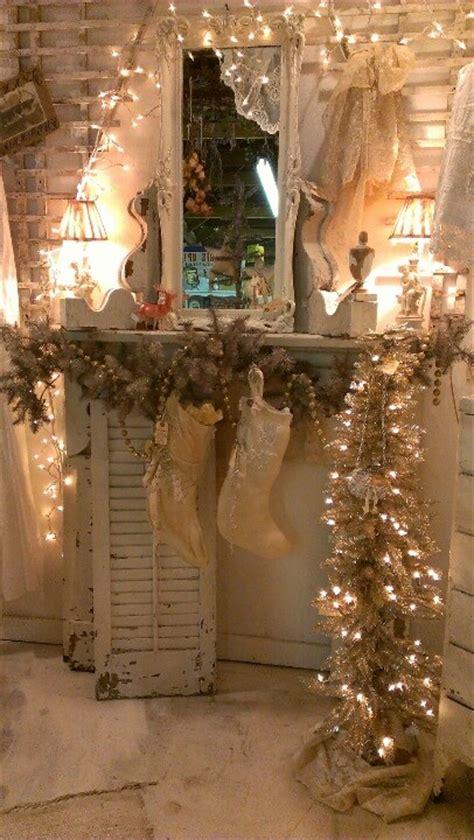 classic white vintage christmas decoration ideas