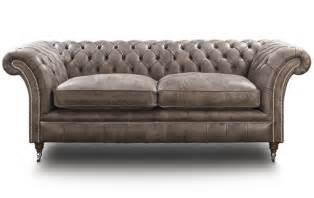 Pics photos chesterfield sofas