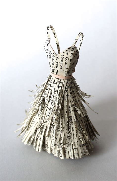 Paper Dress Craft - 25 best ideas about paper dresses on paper