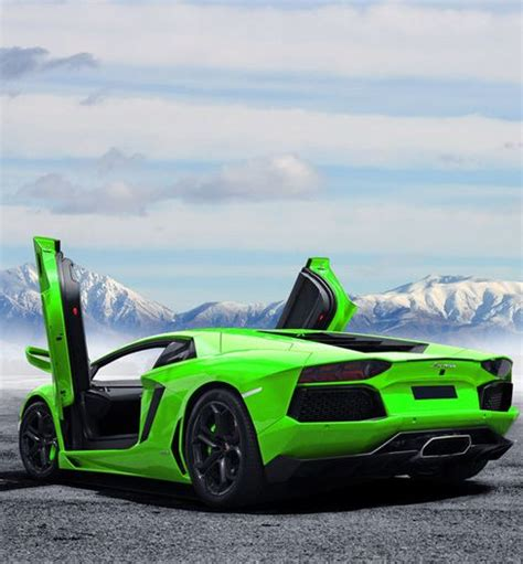 Coole Autos Lamborghini by Cool Lamborghini Aventador In Green What Do