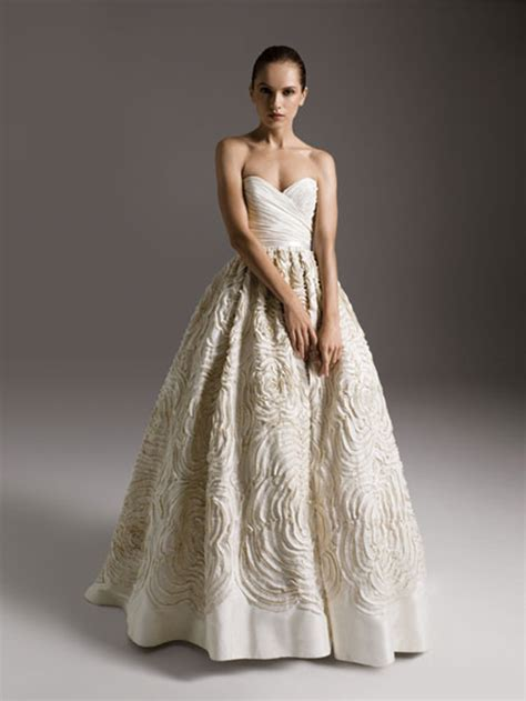Preowned Wedding Dresses by Amsale Dahlia Luxe For Less Preowned Wedding Dresses