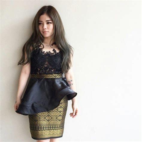 Rok Satin Import Bkk 11 ide kebaya hitam nan elegan dari mulai wisuda sai kamu lamaran