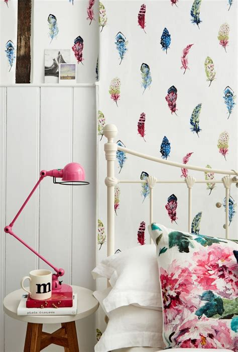 pretty wallpaper for bedroom 25 best ideas about feather wallpaper on pinterest