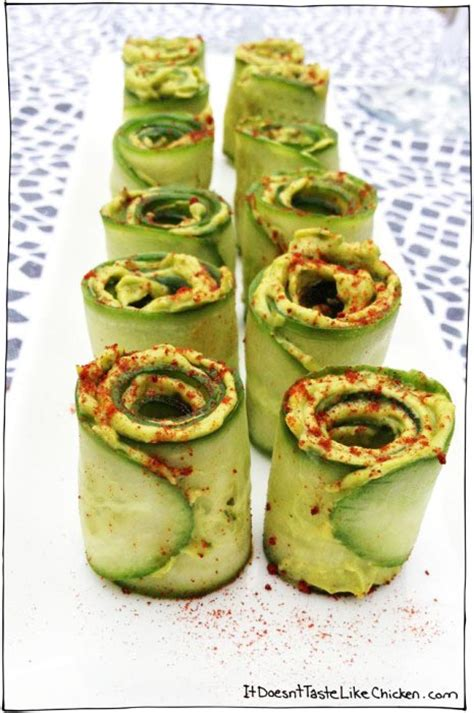 21 Healthy Finger Foods for your Party Guacamole And Tortilla Chips Healthy