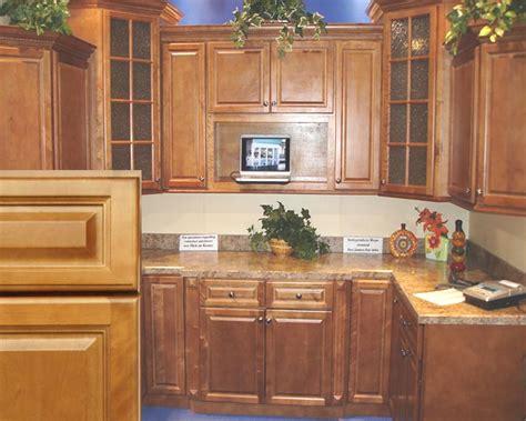 Maple Spice Kitchen Cabinets Kitchen Cabinets Spice Maple Craftsmen Network