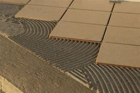 piastrellare pavimento piastrellare rivestimenti suggerimenti su come